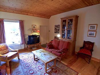 Planchers en bois et haut plafond en bois
